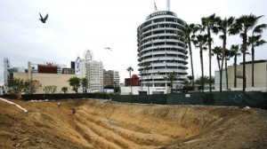 Massive Hollywood Project sits atop Quake Fault, California says